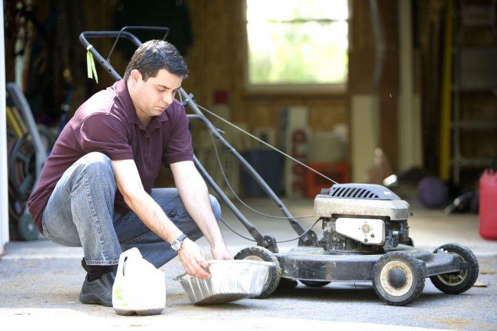 change oil of lawn mower